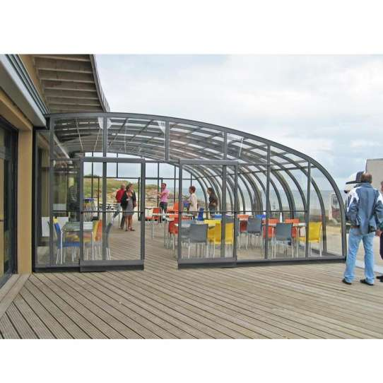 WDMA Glass House For Pool